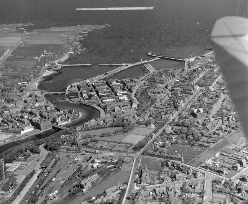 General View Wick, Caithness, Scotland. Oblique aerial photograph taken facing East. This image was marked by AeroPictorial Ltd for photo editing.