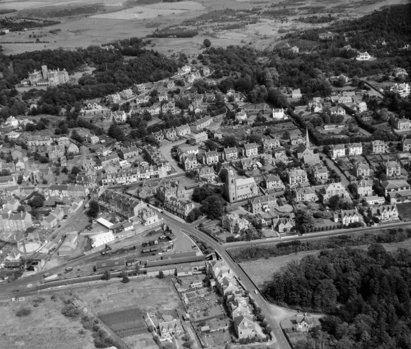 General View Kilmacolm, Renfrewshire, Scotland. Oblique aerial photograph taken facing East.