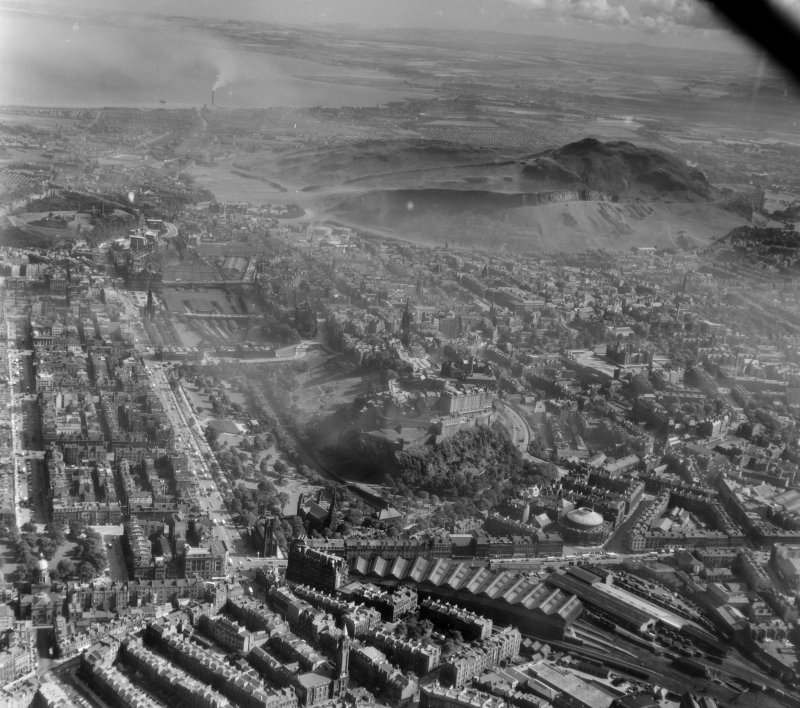 General View Edinburgh, Midlothian, Scotland. Oblique aerial photograph taken facing East.