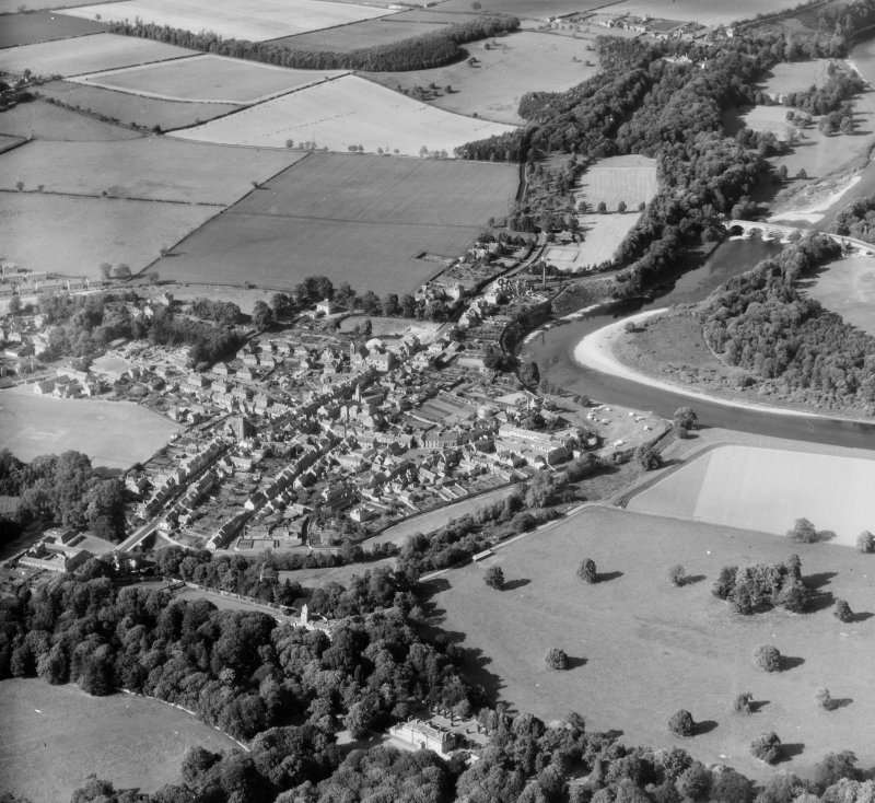 Coldstream, general view Coldstream, Berwickshire, Scotland. Oblique aerial photograph taken facing North/East.