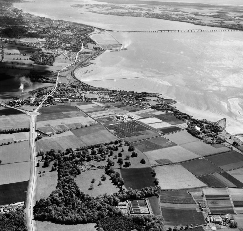 General View,Dundee, Angus, Scotland. Oblique aerial photograph taken facing East.