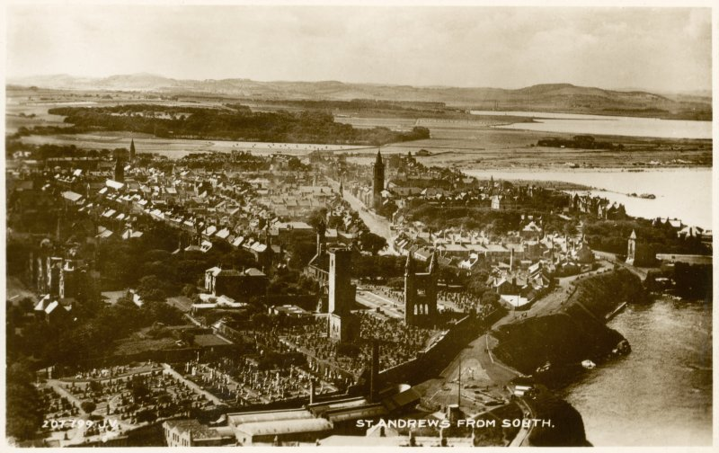 Oblique aerial view of St Andrews from south.