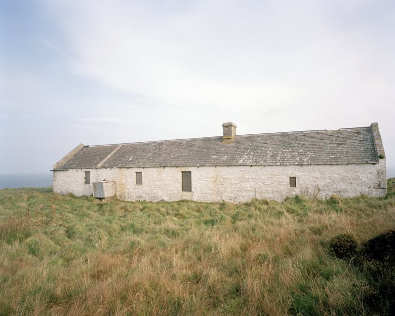 View from SW of disused bothy, situated to the N of the inner lighthouse compound.  In 2000, there were plans to convert the bothy into a local heritage and wildlife centre.