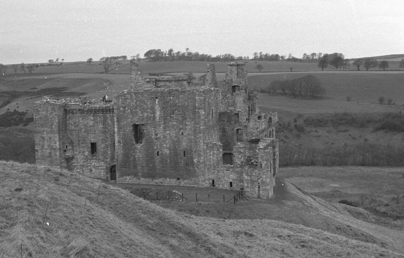 Excavation photograph : castle, fromN E.
