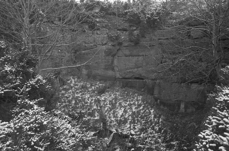 Excavation photograph : quarry to east of castle.