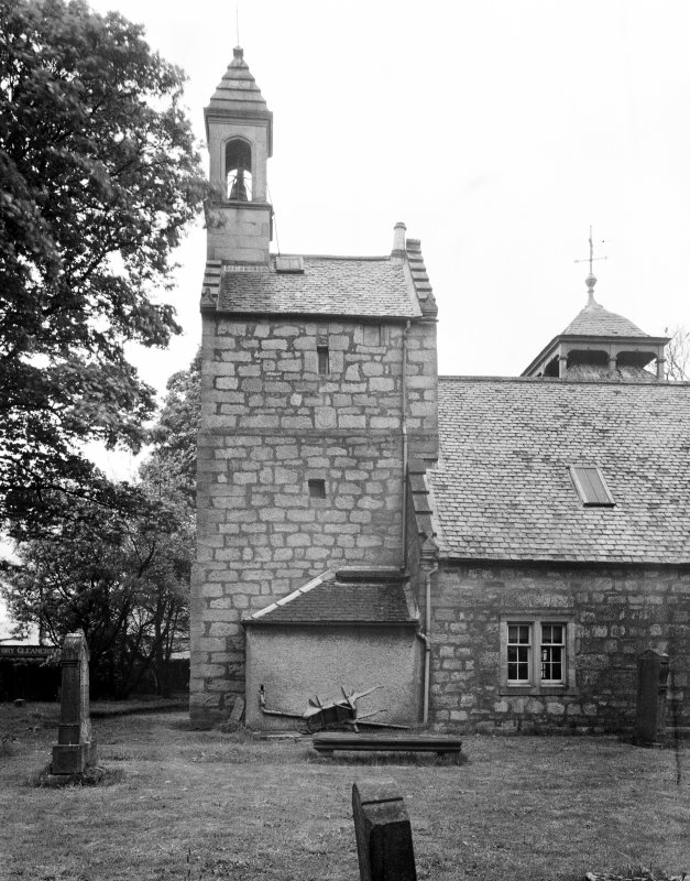 Kilbirnie Church. View of tower from South.