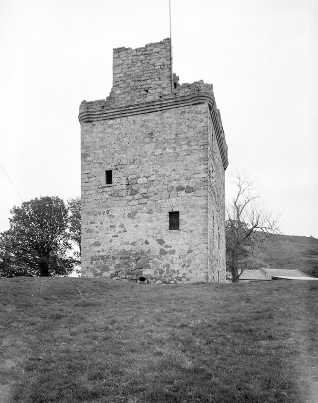 Law Castle. View from West.