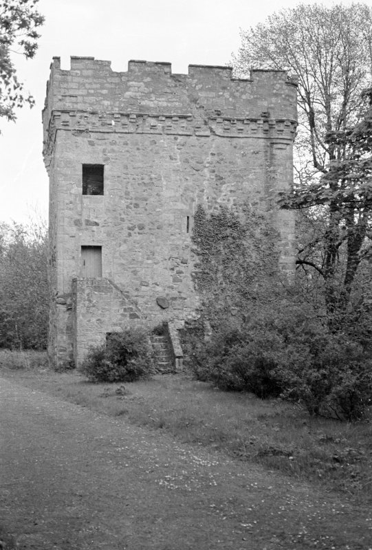Inverkip Tower. View from SW.