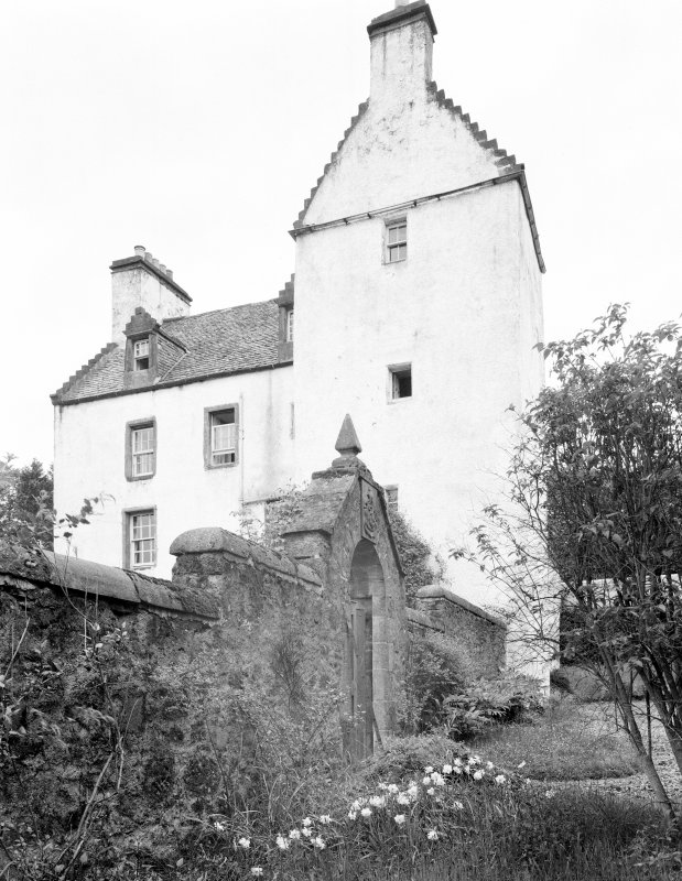 Newton Castle, Blairgowrie. General view from SSE.