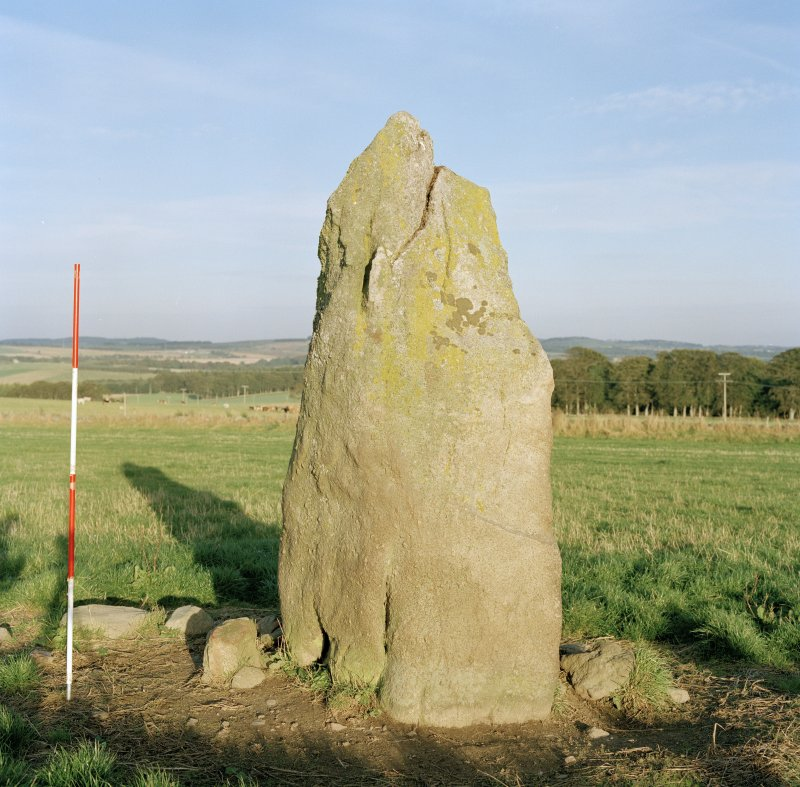 Detail of easternmost stone, viewed from West. (Scale in 0.5m divisions.)