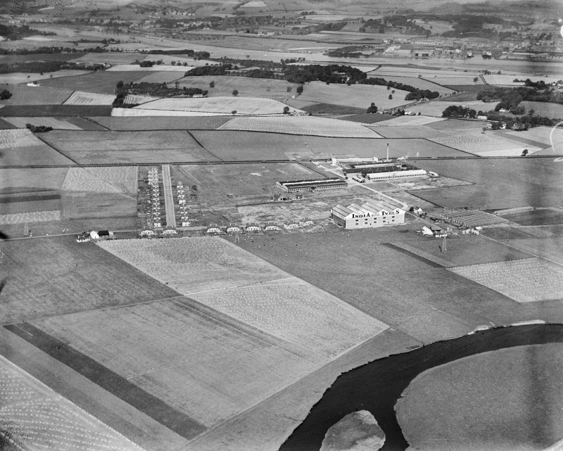 India Tyre and Rubber Co. Factory, Greenock Road, Inchinnan, Renfrew, Lanarkshire, Scotland, 1930.  Oblique aerial photograph taken facing north.