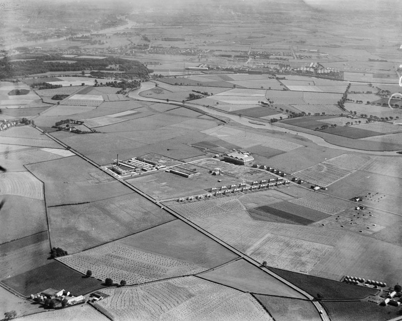 India Tyre and Rubber Co. Factory, Greenock Road, Inchinnan, Renfrew, Lanarkshire, Scotland, 1930.  Oblique aerial photograph taken facing south-east.