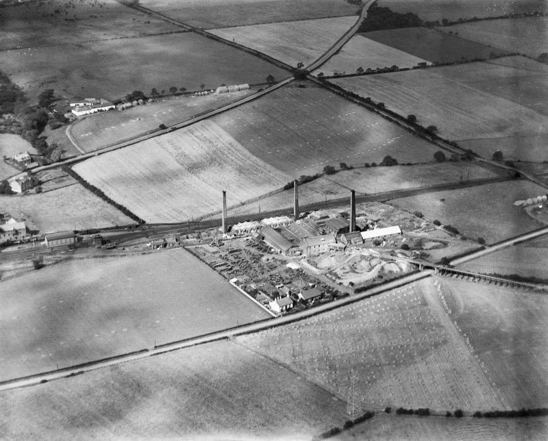 Glenboig Union Fireclay Co. Cumbernauld Fireclay Works, Cumbernauld, Dunbartonshire, Scotland, 1930.  Oblique aerial photograph taken facing north.