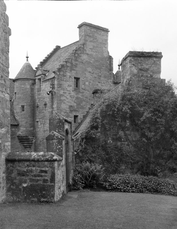 Stobhall. Castle and kitchen from NE.