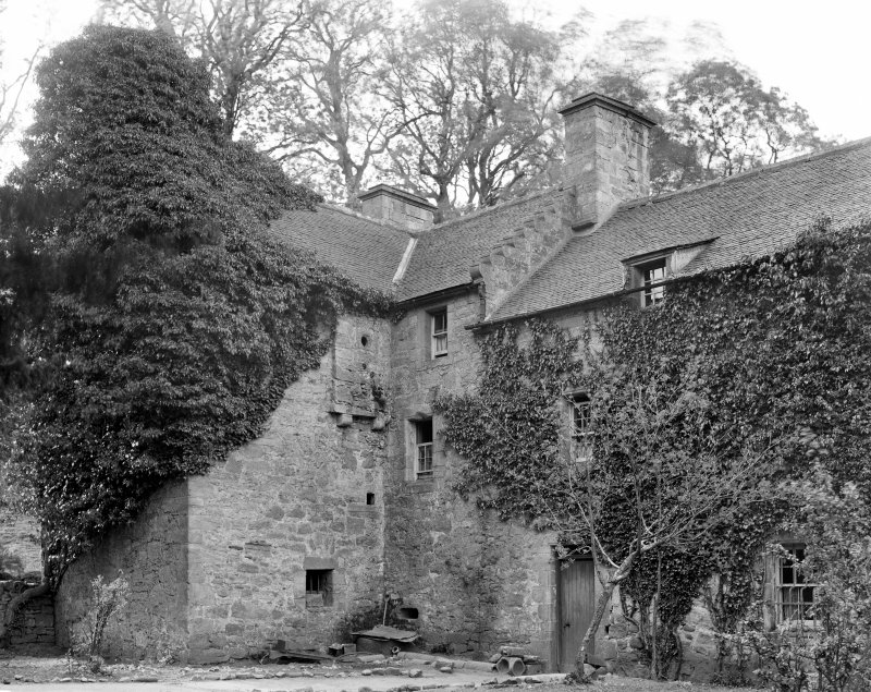 Craignethan Castle. View of house at South corner of enclosure from East.