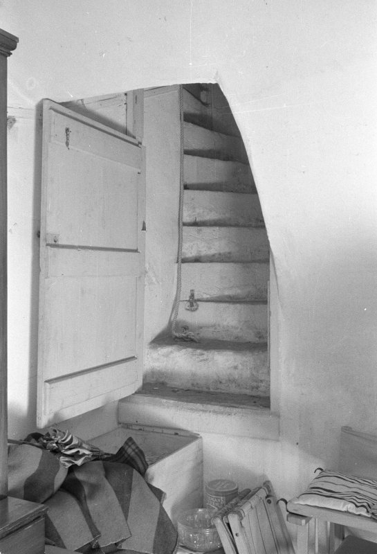 Base of private stair
