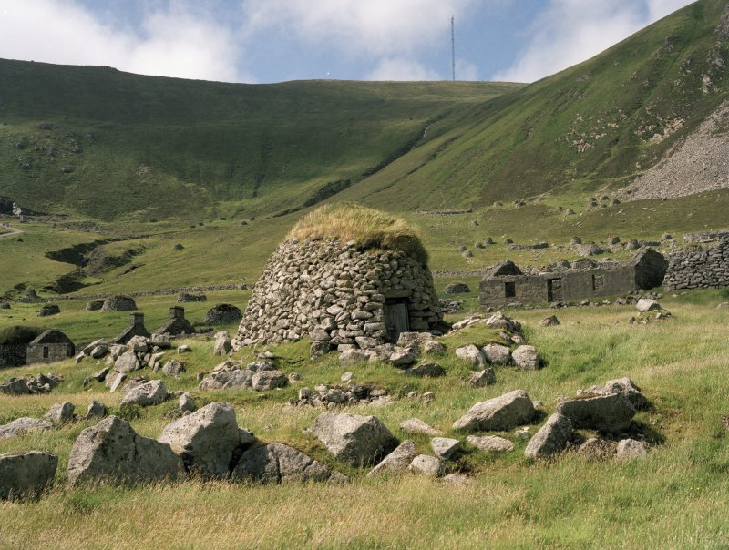 St Kilda, Village Bay. Cleit 85, 'Lady Grange's House'.  View from south east.