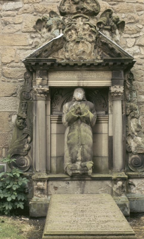 View of mural monument 1584, Auld Kirk of Ayr churchyard.