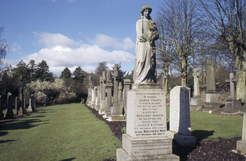 General view with memorial statue to James Young d. 1908, New Kilpatrick Parish Church Burial Ground, Bearsden.