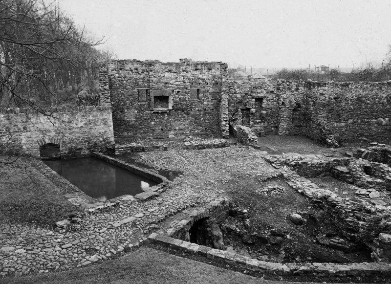General view of remains of domestic quarters.