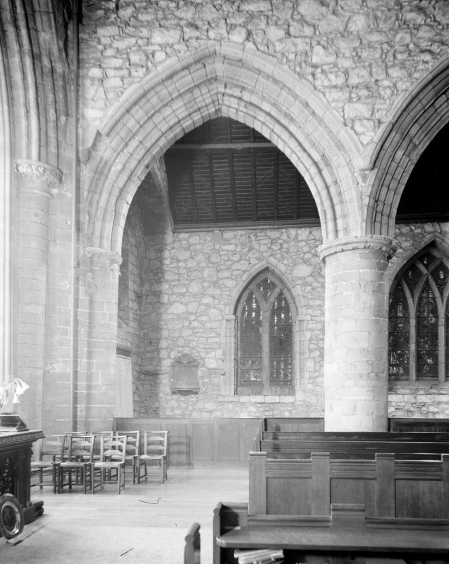 Aberdeen, Chanonry, St Machar's Cathedral, Interior. General view of East bay of South nave aisle.