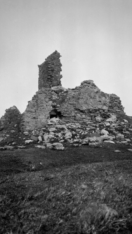 Skye, Duntulm Castle. General view from the south.