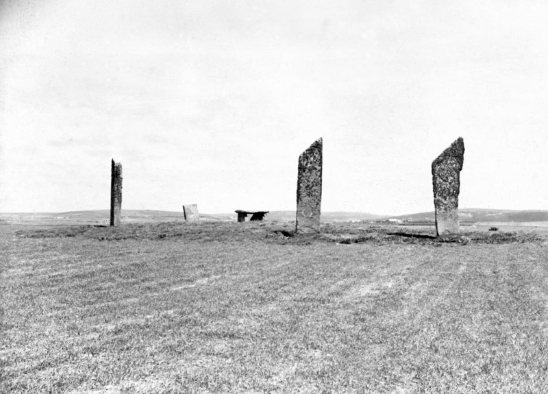 View of Stones of Stenness.