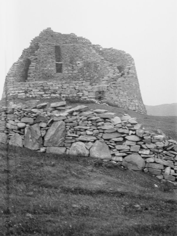 Dun Carloway. View from west.