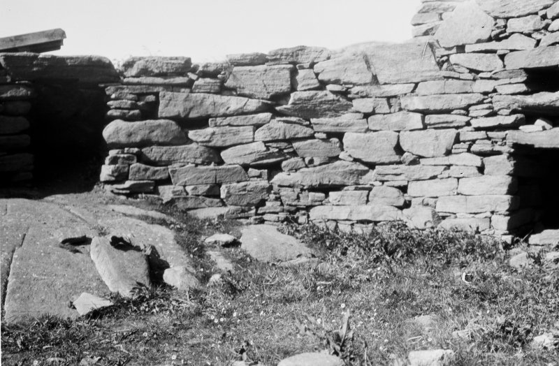 Dun Carloway. Interior of broch near entrance.