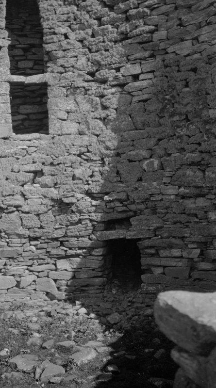 Dun Carloway. Detail of interior.