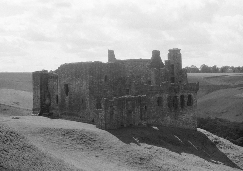 View of Crichton Castle from NE