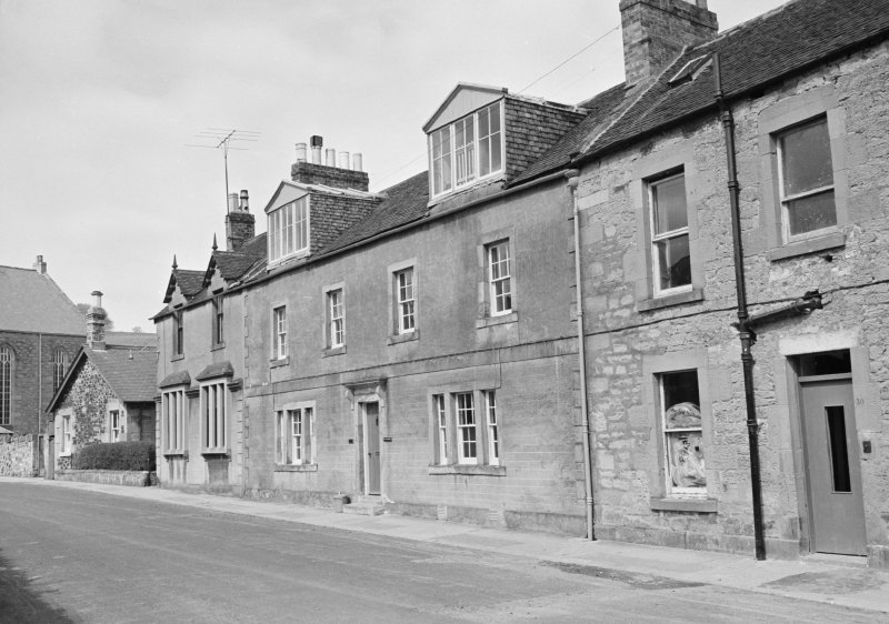 View of 8, 9 and 10 Currie Street, Duns from west