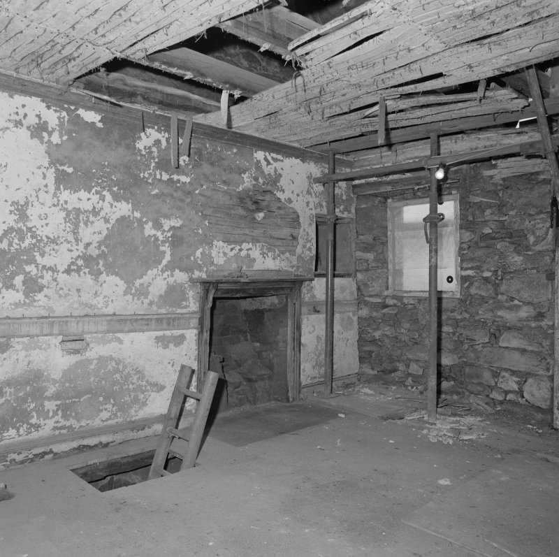 Interior. View of first floor W room from SE.