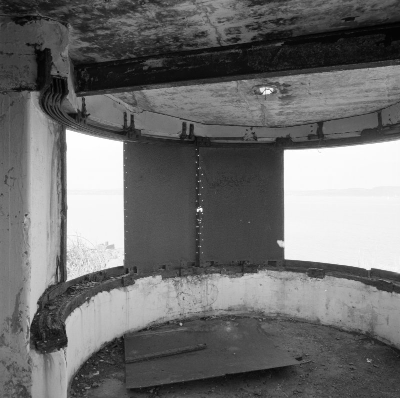 Edinburgh, Cramond Island, Cramond Battery, coast battery. Interior of earlier version of searchlight emplacemen. Detail of light beam focussing shutters and tracking rails.