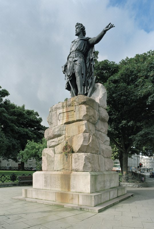 William Wallace statue by W Grant Stevenson 1888 at North West corner. View from East South East