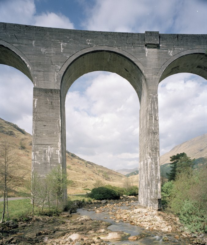 Glenfinnan Railway Viaduct over River Finnan Detailed view from S of typical central arch, showing thicker pier (left), and standard pier (right)