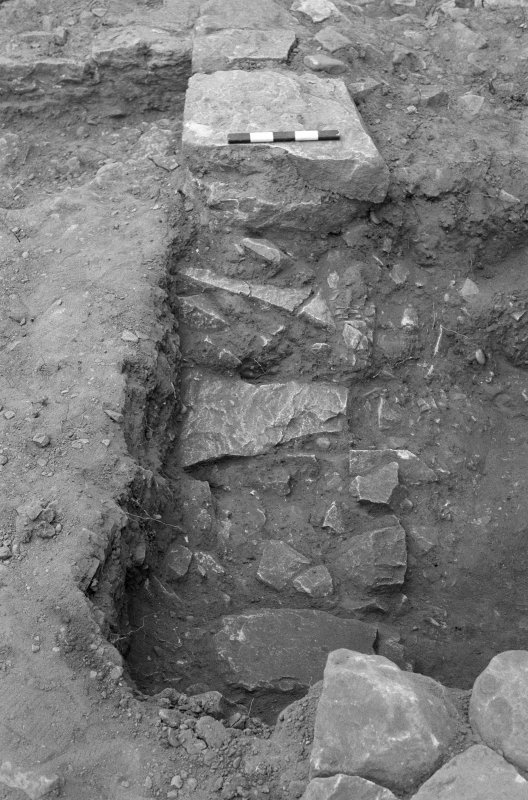 Jedburgh Abbey excavation archive Frame 20: Area 1: Trench J: Detail of Wall 922 and layer 931. From S.