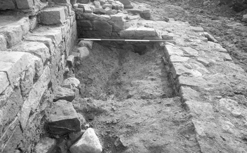 Jedburgh Abbey excavation archive Frame 15: Area 2: Trench G: 565 soil dump. From W.