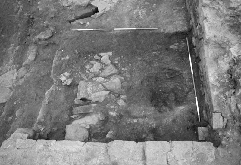 Jedburgh Abbey excavation archive Frame 31: Area 2: Trench F: 584 after total removal of 502. From E.
