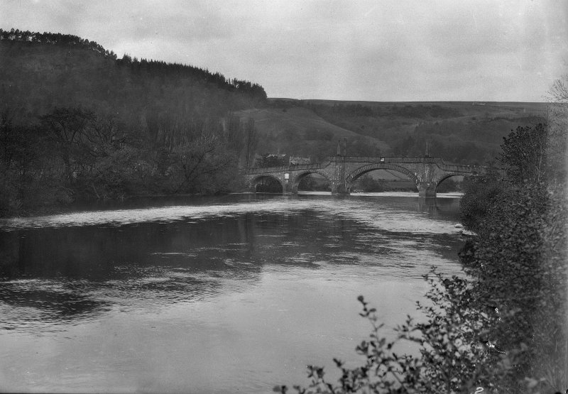 View of Wade's Bridge, Aberfeldy, over the River Tay