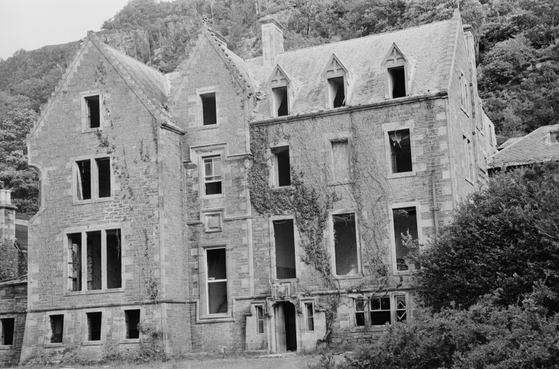 View of front elevation of Dorlin House, showing house in ruined condition.