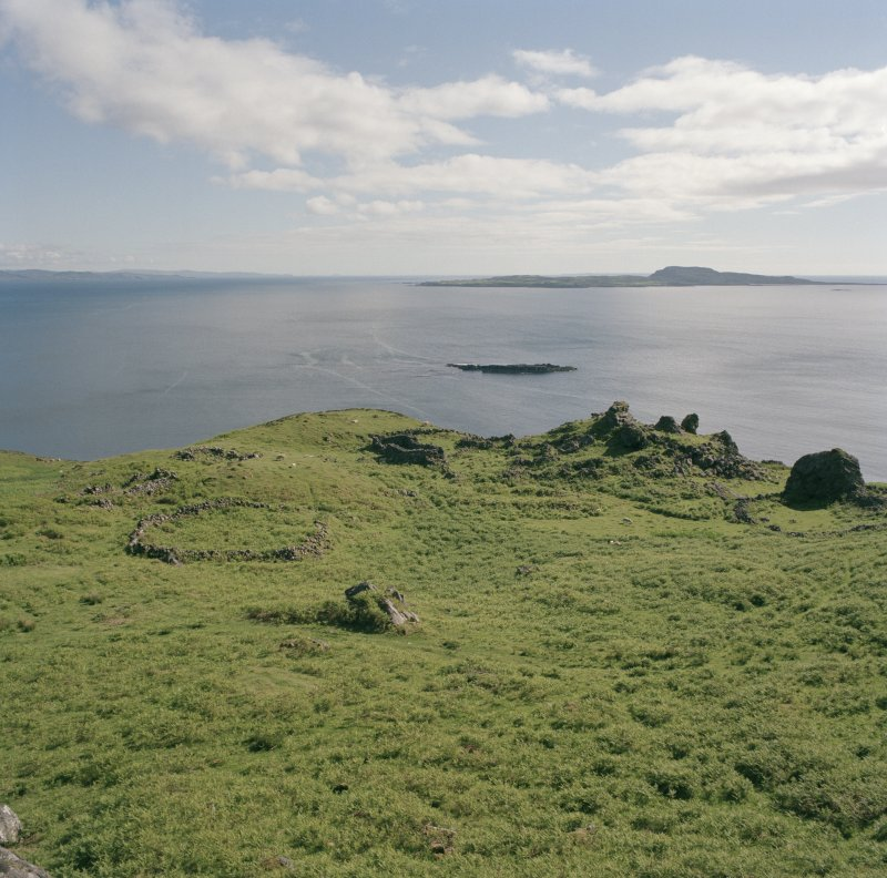 Eigg, Grulin Uachdrach township, view from N.