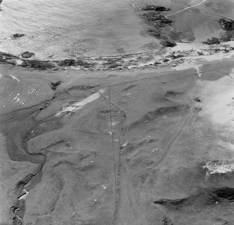 Oblique aerial view of Camus Cuil An T'saimh, Iona.