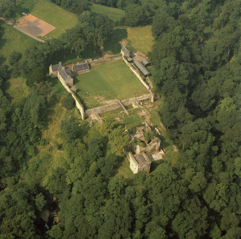 Oblique aerial view of Craignethan Castle.