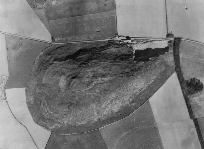 Vertical aerial view, probably an enlargement from 106G/Scot/UK/0014