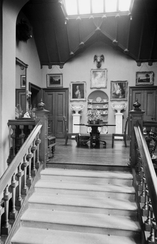 Interior. General view of entrance and saloon.