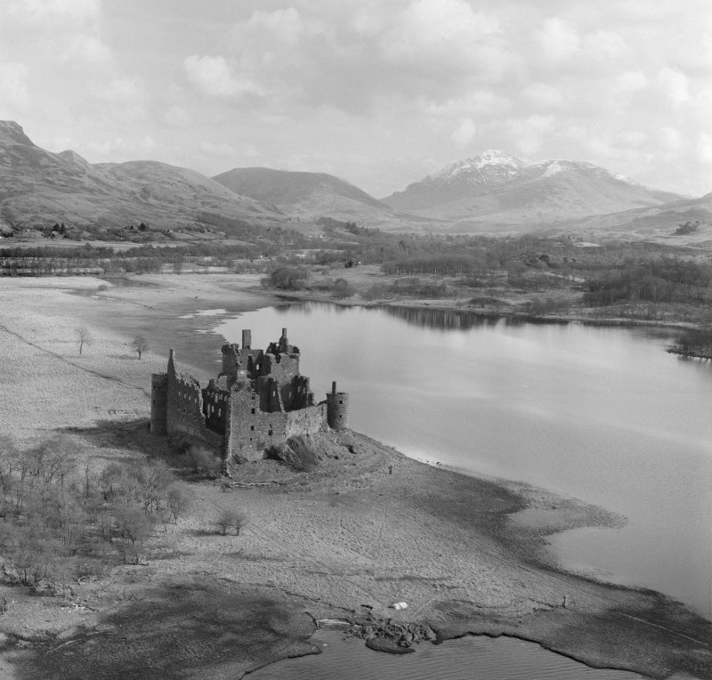 Oblique aerial view of Kilchurn Castle.