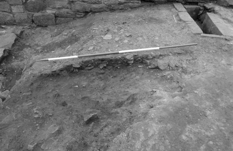 Jedburgh Abbey excavation archive Frame 3: Area 1: Trench J: Grave 233 cutting 260. From W.
