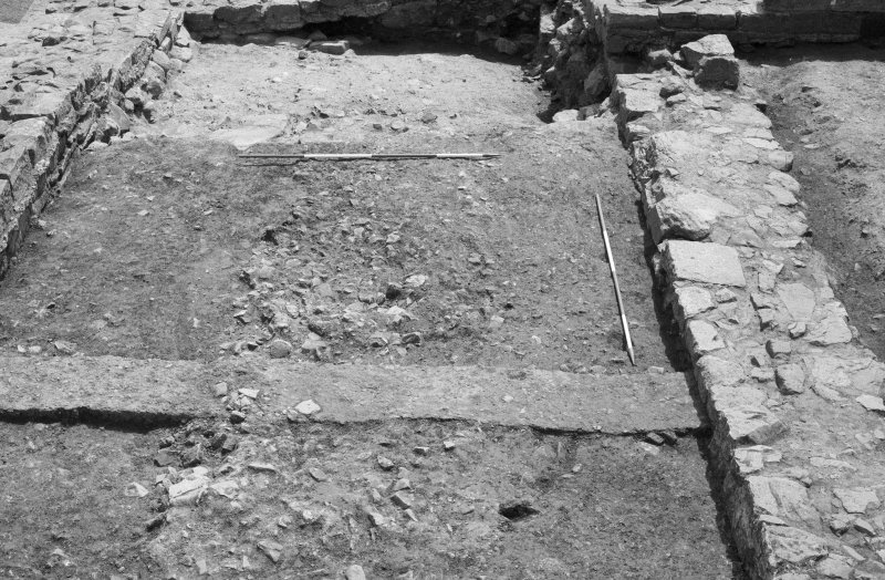 Jedburgh Abbey excavation archive Frame 21: Area 1: Room 4, showing post-Reformation levelling deposits 187, 188 and 190. From N.