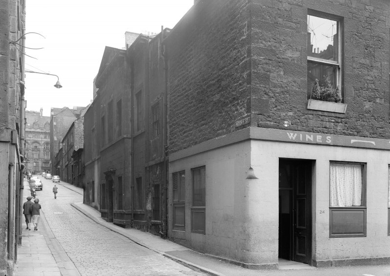 General view of entrance at Cowgate and Niddry Street junction